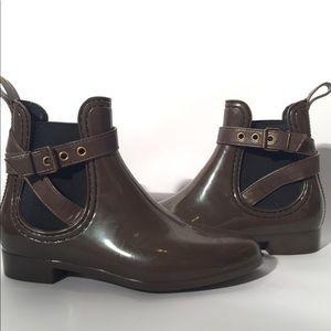Shoes - Rain boots 🥾